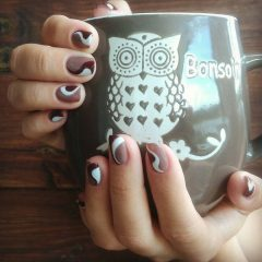 brown-coffee-colored-nail-design