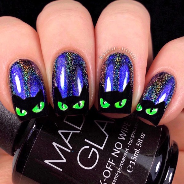creepy-cats-halloween-nails