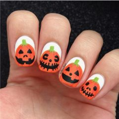 cute-pumpkins-on-nails