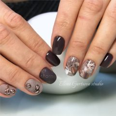 cups-of-coffee-nail-design