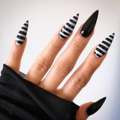 long-acrylic-stiletto-fall-nails