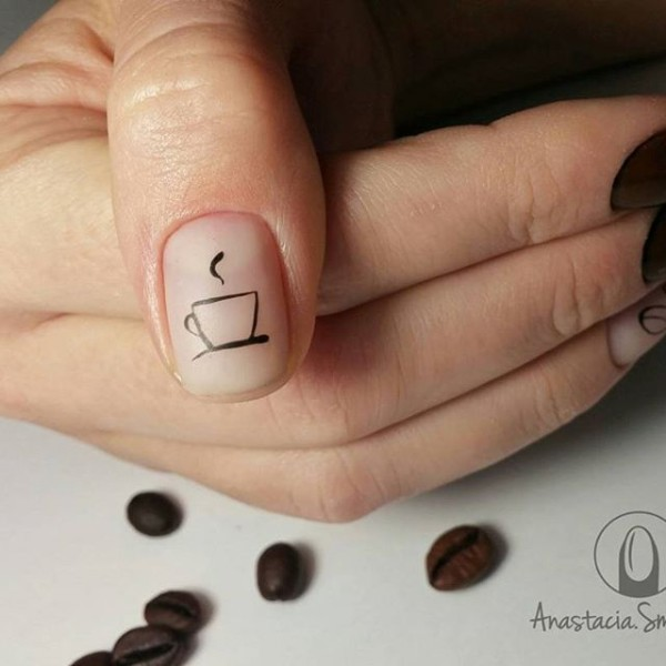 minimalistic-coffee-nail-design