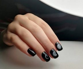 moon-phases-nails-halloween