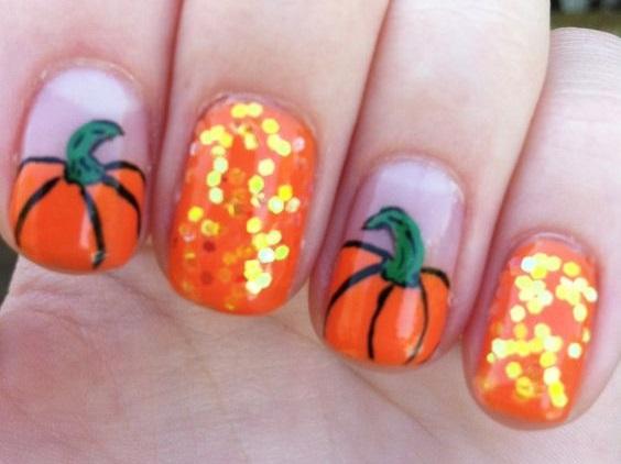 pumpkin-glitter-nail-design