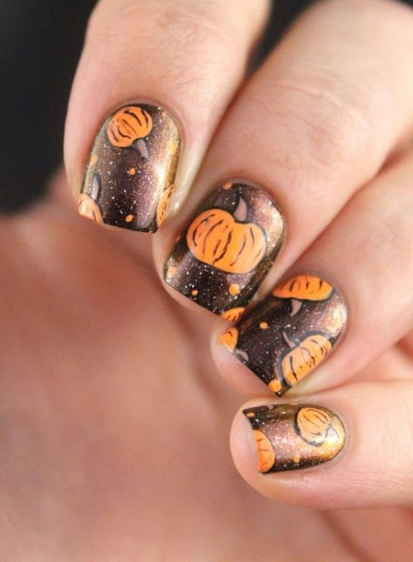 pumpkin-halloween-nail-art