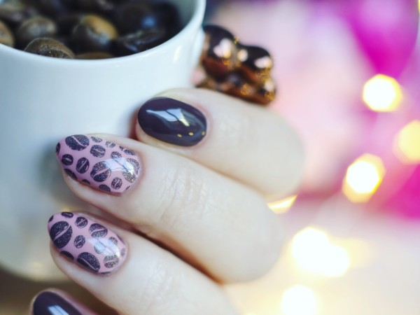 purple-coffee-themed-nails