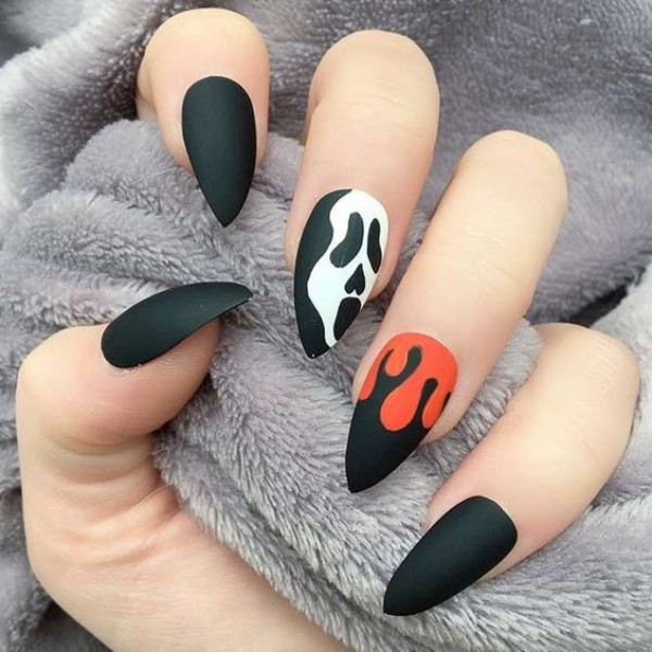 scary-movie-nails-halloween
