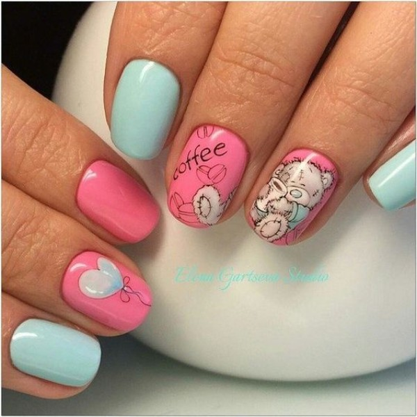 teddy-bear-coffee-nails