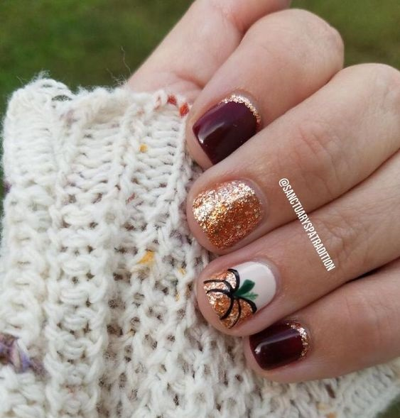 wine-gold-glitter-pumpkin-nails