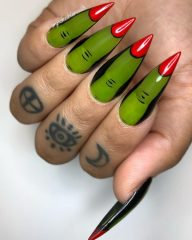 witch-fingers-nails-halloween