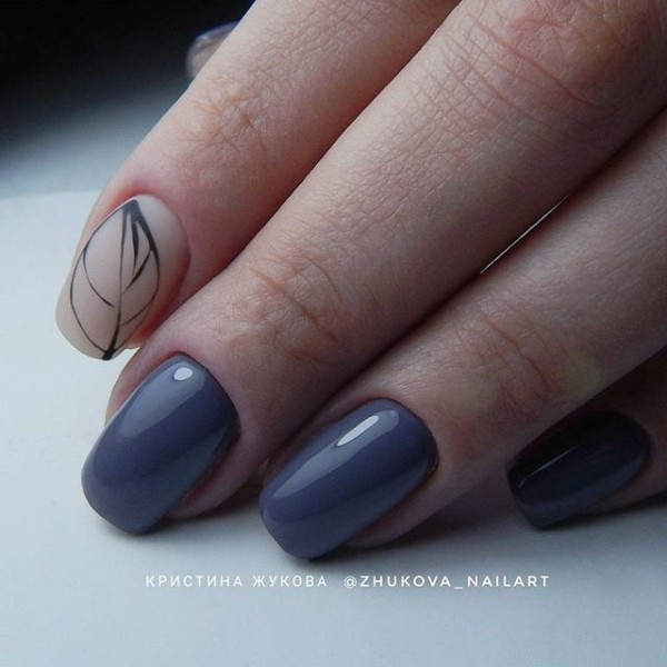 denim-blue-autumn-leaves-nail-design