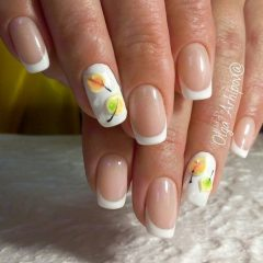 fall-french-manicure-with-white-tips