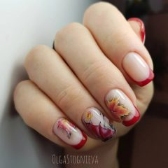 fall-french-nails-with-umbrella