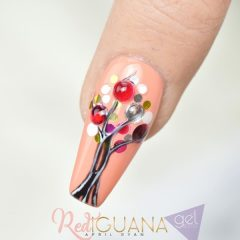 fall-gel-nails-with-autumn-tree