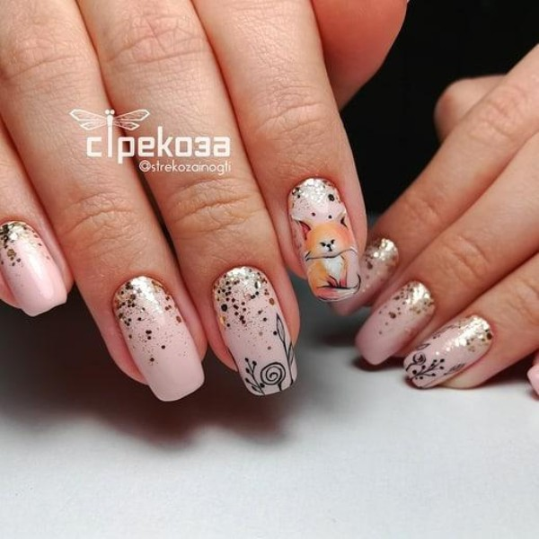 fall-glitter-nails-with-fox