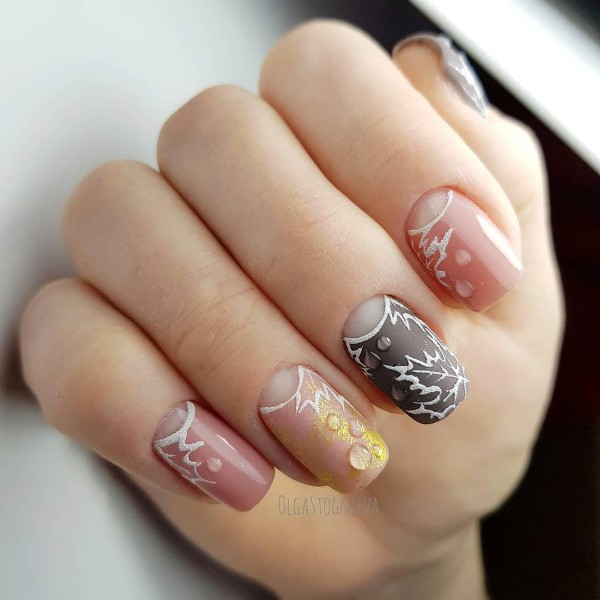 fall-leaves-nail-design-with-rain-drops
