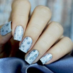 fall-rain-drops-on-nails