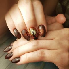 brown-fall-nail-design-with-a-tree