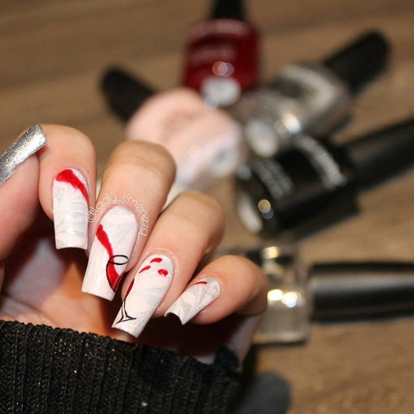 long white nails with wine glass