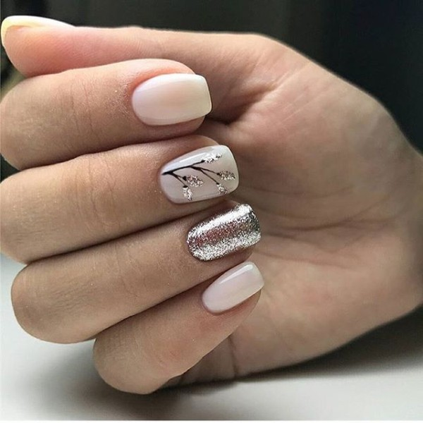 milky-white-n-gold-fall-nails