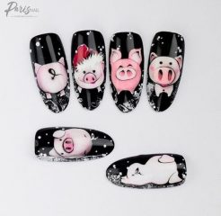 new-year-pig-nail-design
