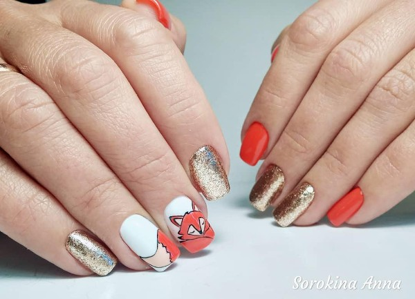orange-and-golden-nails-with-fox