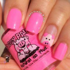 pink-pig-nail-art