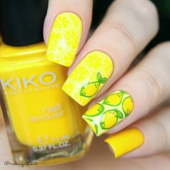 yellow nails with lemons