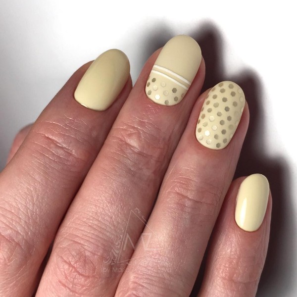 extra light yellow mani