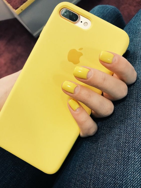 short yellow nail design
