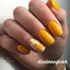yellow autumn leaves nail art