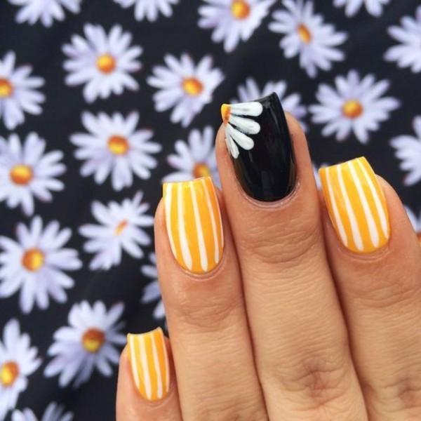 black and yellow cute nails