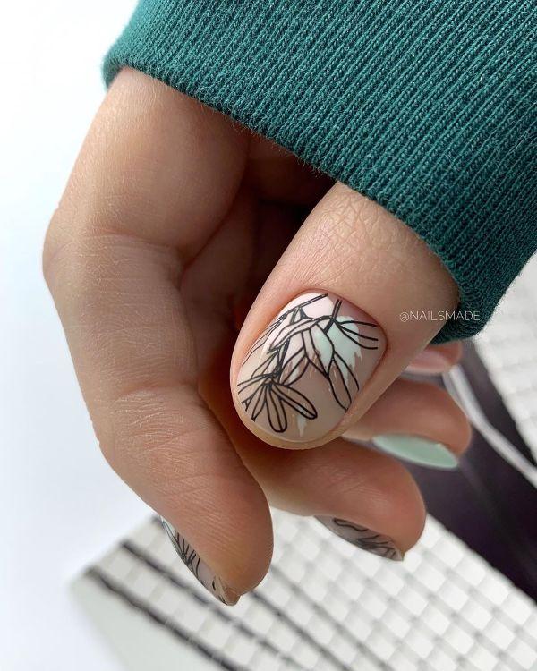 tattoo nail art