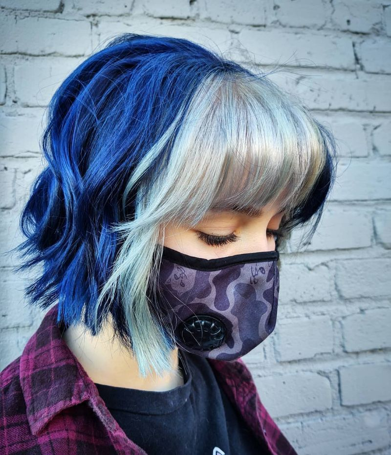 Two-Color Blue Hairstyle with a Dyed Fringe